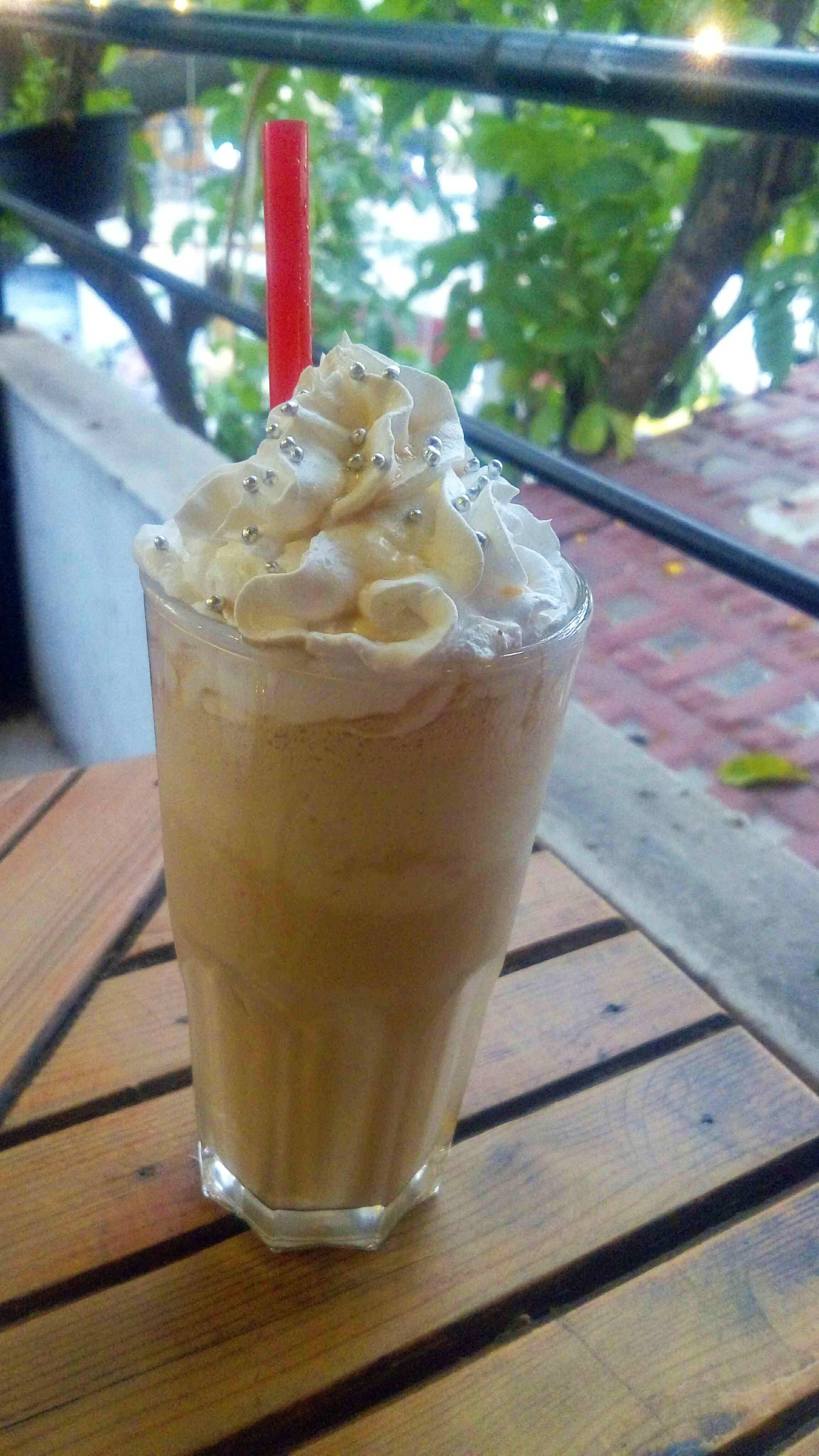 Drink,Food,Milkshake,Iced coffee,Irish cream,Boza,Frappé coffee,Floats,Coffee,Smoothie