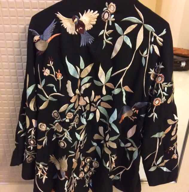 Clothing,Black,Outerwear,Product,Sleeve,Fashion,Dress,Design,Pattern,Blouse