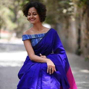 Cobalt blue,Clothing,Blue,Electric blue,Shoulder,Dress,Formal wear,Sari,Fashion model,Joint