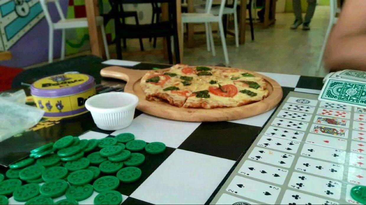 Food,Pizza,Dish,Cuisine,Baking,Flatbread,Ingredient,Italian food,Baked goods,Tarte flambée
