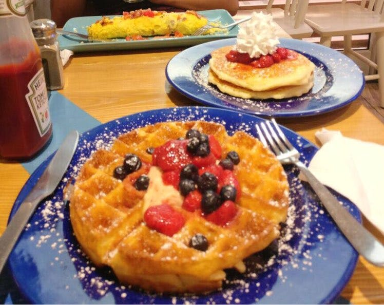 Visit Cyber Hub's IHOP To Enjoy Some Amazing Pancakes And Waffles