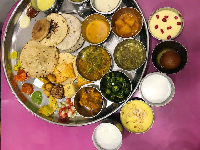 Get Unlimited Authentic Gujarati Food At This Simple & Homely Restaurant In Kalbadevi