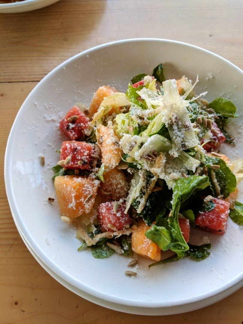 Dish,Food,Cuisine,Salad,Ingredient,Caesar salad,Panzanella,Spinach salad,Produce,Meat