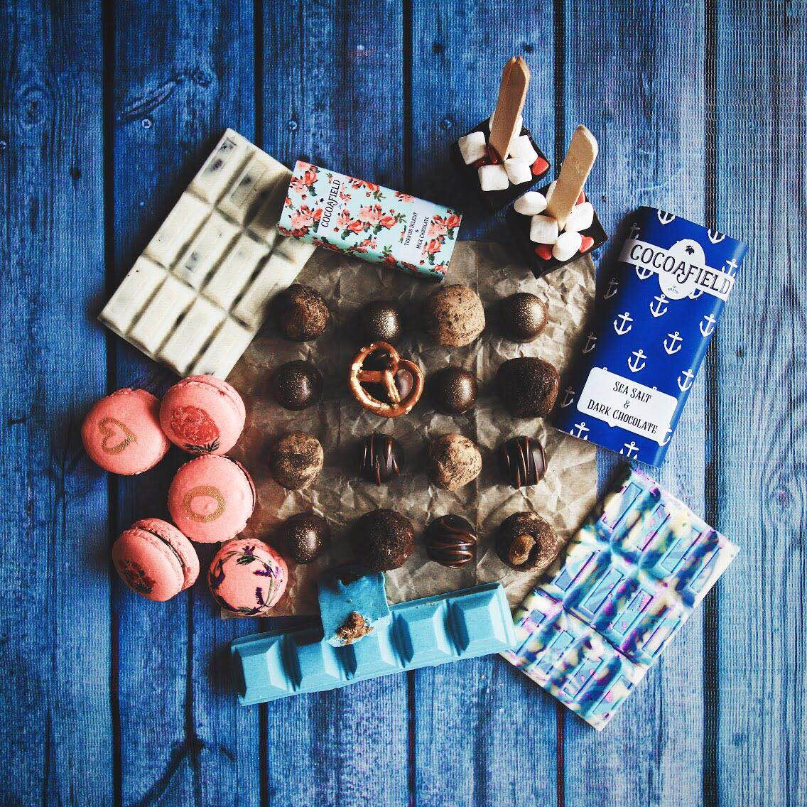Valentines Hamper, DIY Chocolate bars and all things chocolate by the House of Cocoafield !