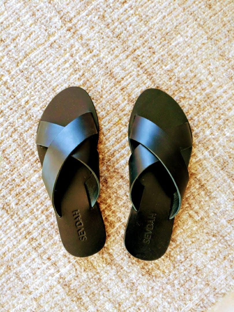 Footwear,Shoe,Slipper,Sandal,Beige,Flip-flops
