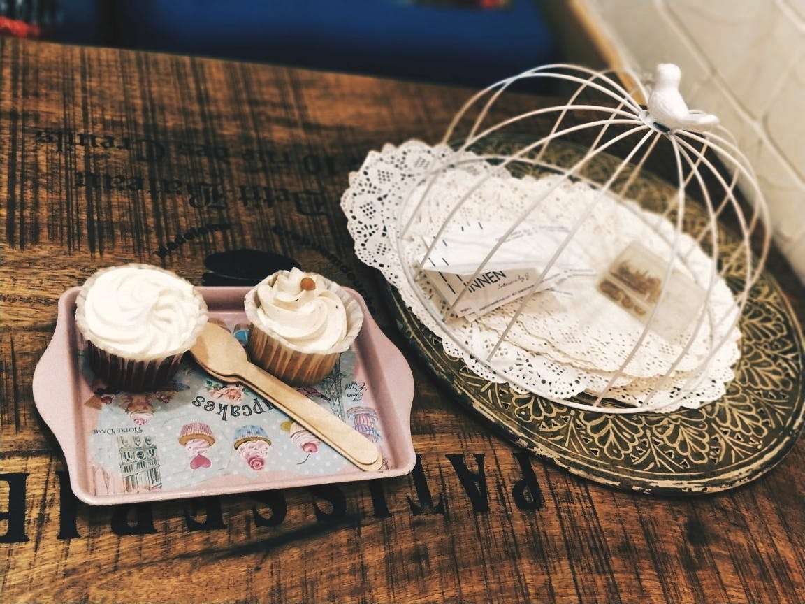 Wicker,Linens,Basket,Food,Doily,Camembert Cheese,Home accessories
