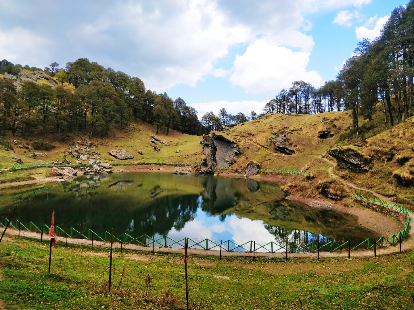 Natural landscape,Nature,Water,Wilderness,Water resources,Pond,Nature reserve,Sky,Mountain,Lake