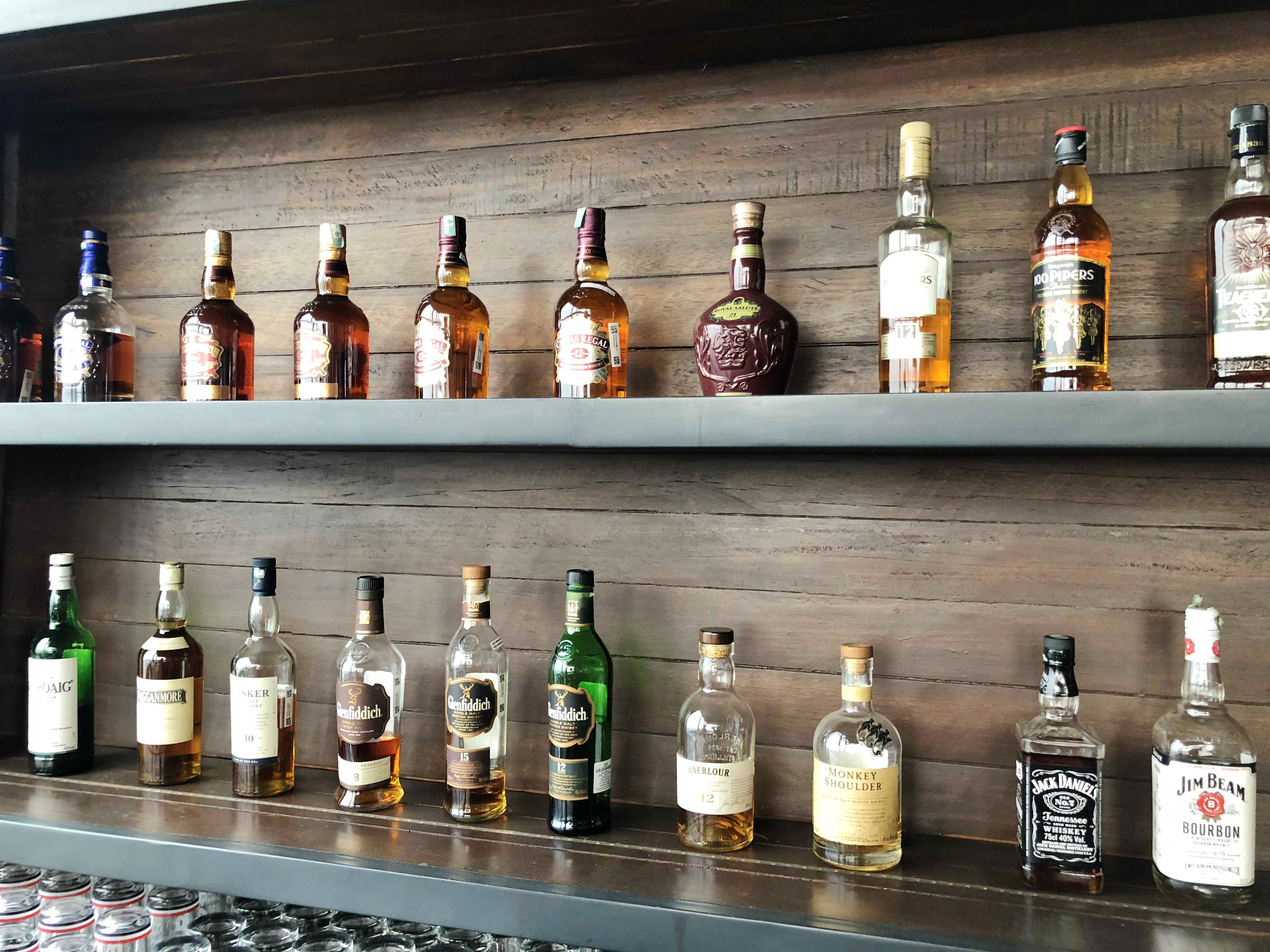 Planning To Throw A Party? Check Out This Bar By Hilton Garden Inn