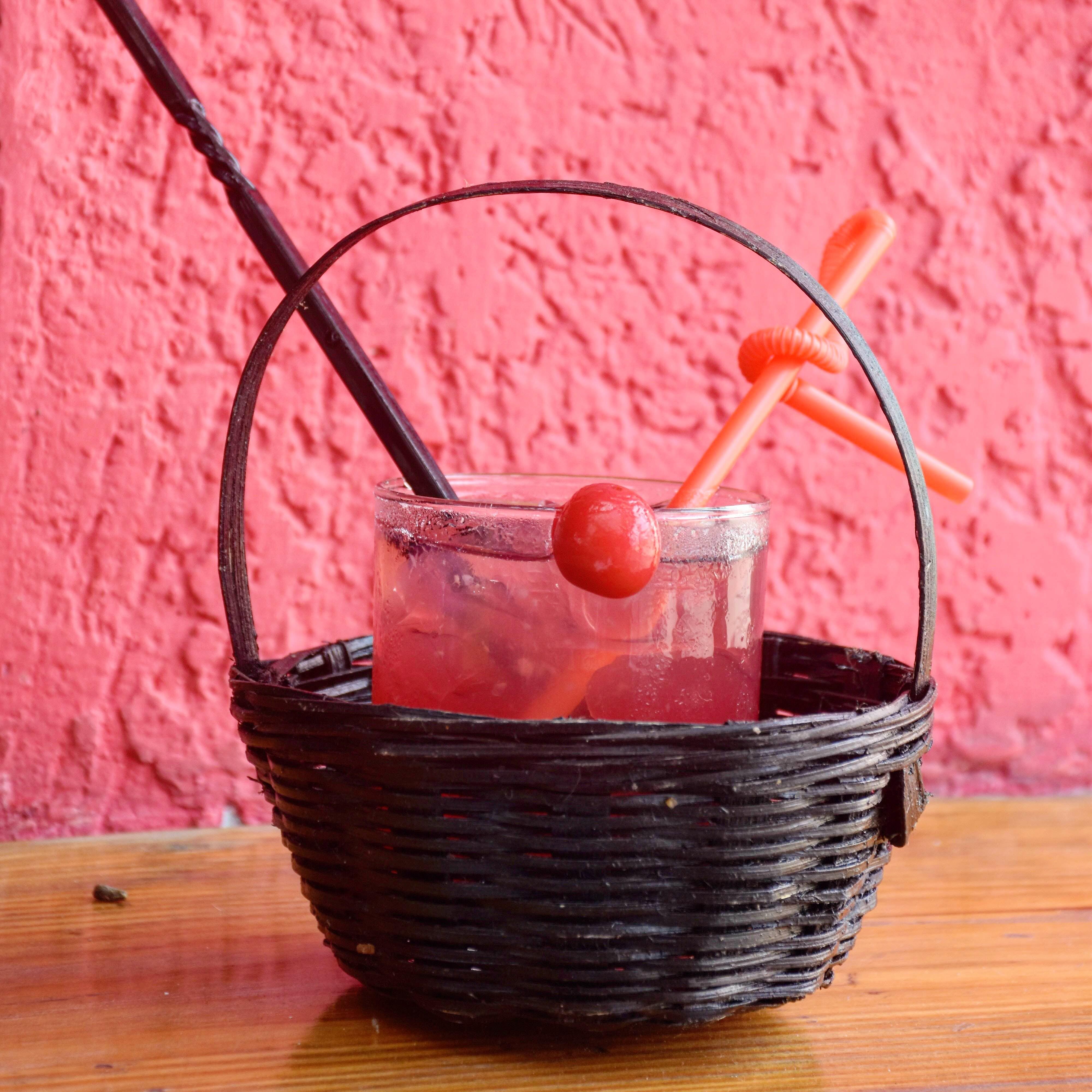 Bucket,Drinking straw,Food,Drink,Still life photography