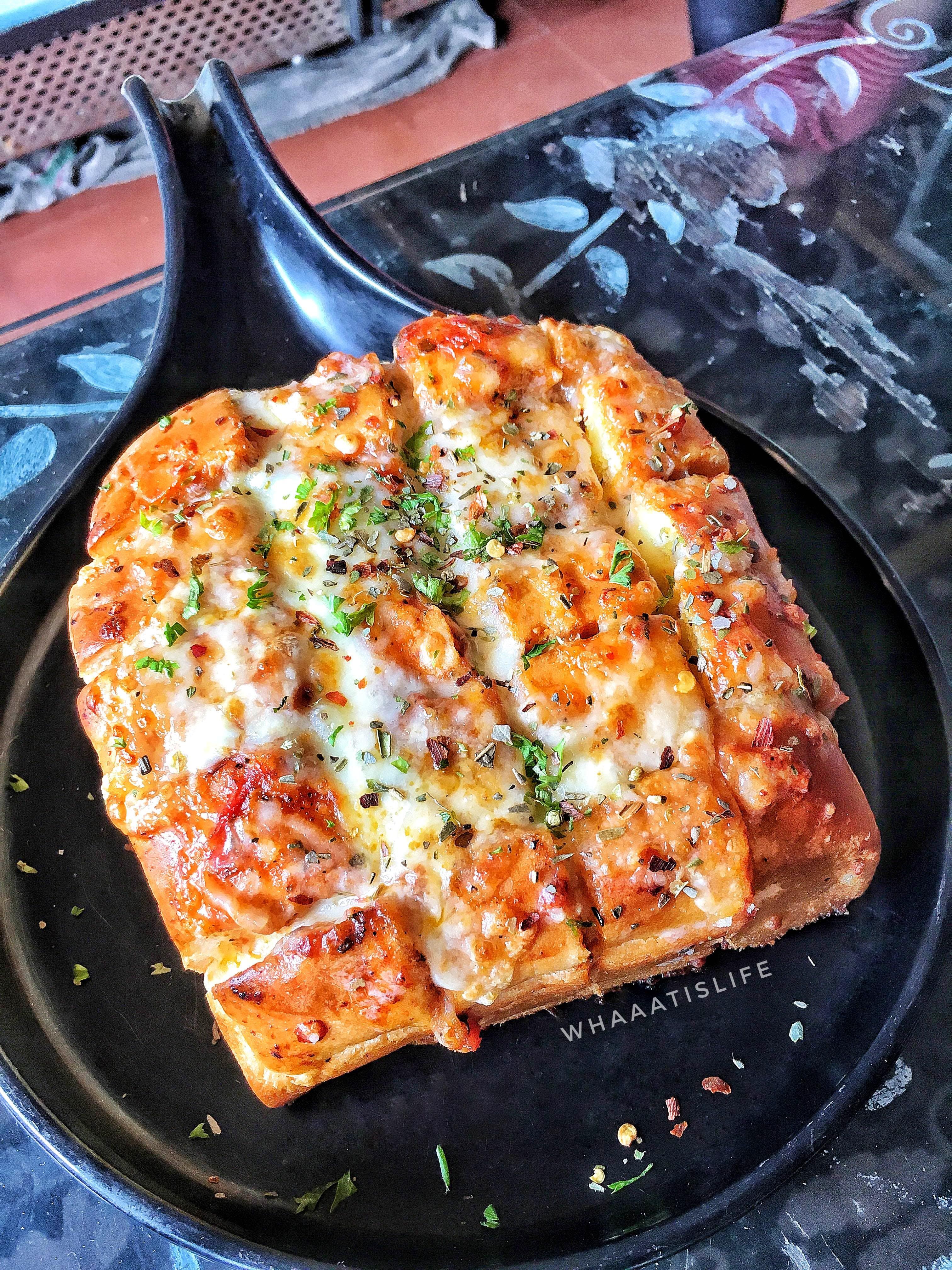 Dish,Food,Cuisine,Pizza cheese,Ingredient,Flatbread,Pizza,Tarte flambée,Produce,Staple food