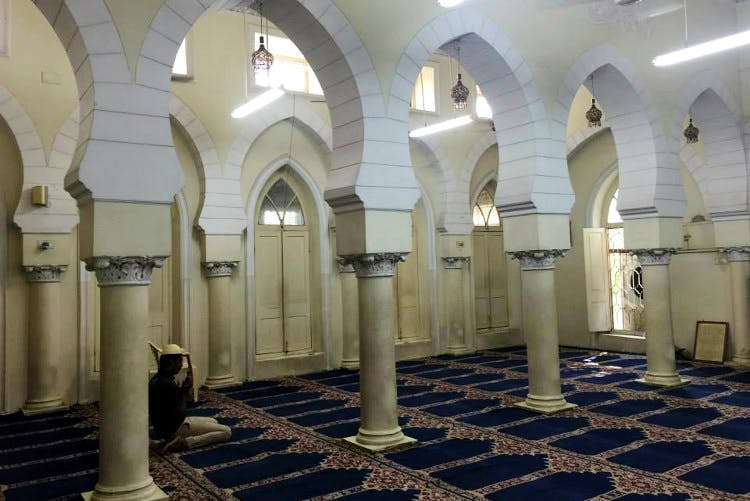 Building,Arch,Architecture,Arcade,Crypt,Place of worship,Column,Interior design,Ceiling