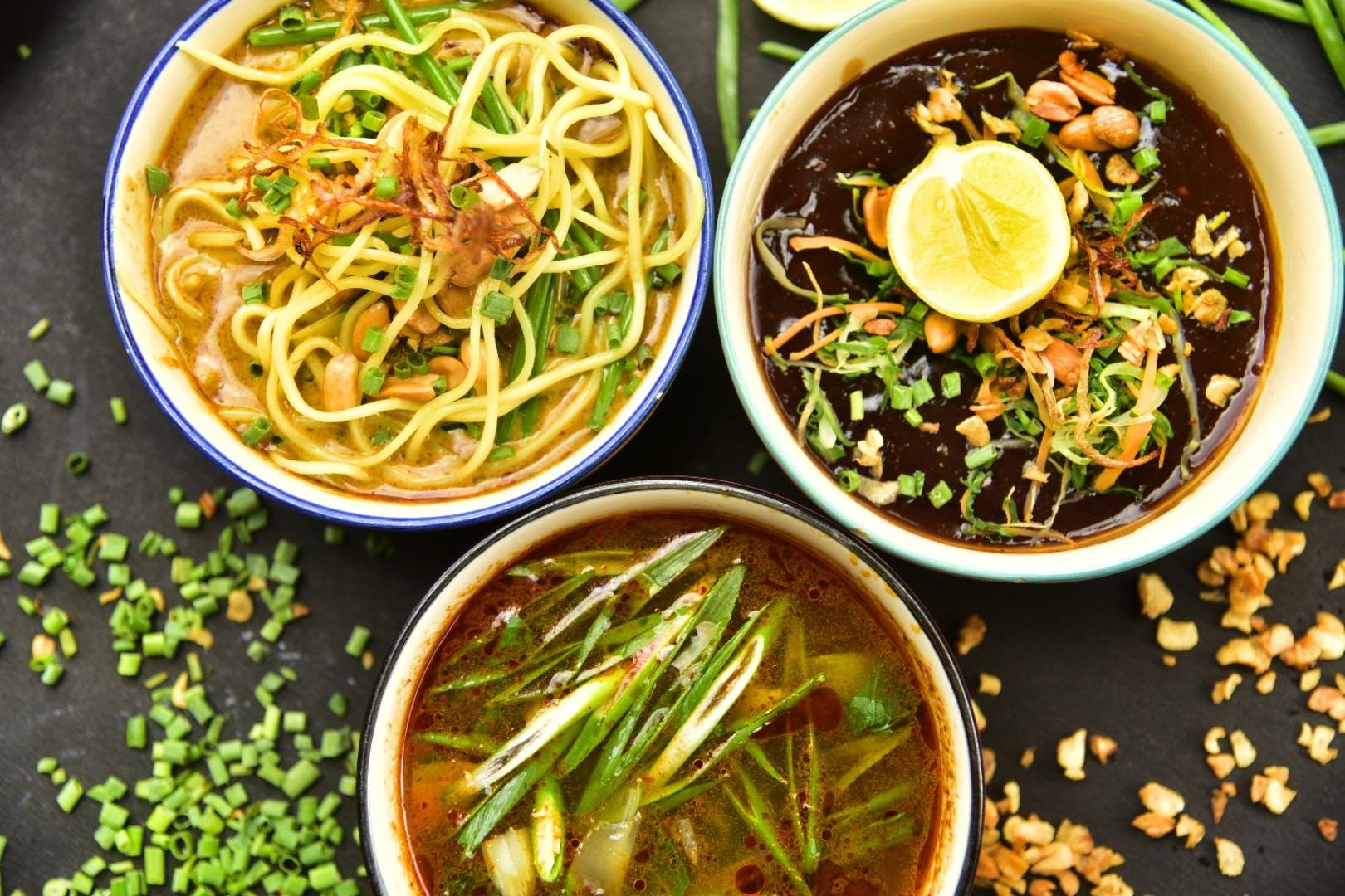 Dish,Food,Cuisine,Ingredient,Soba,Noodle,Produce,Kongnamul,Bean sprouts,Vegetarian food