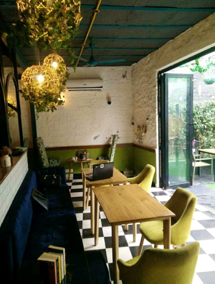 This Cafe Has Beautiful Ambience & Delicious Drinks: Perfect For A Date