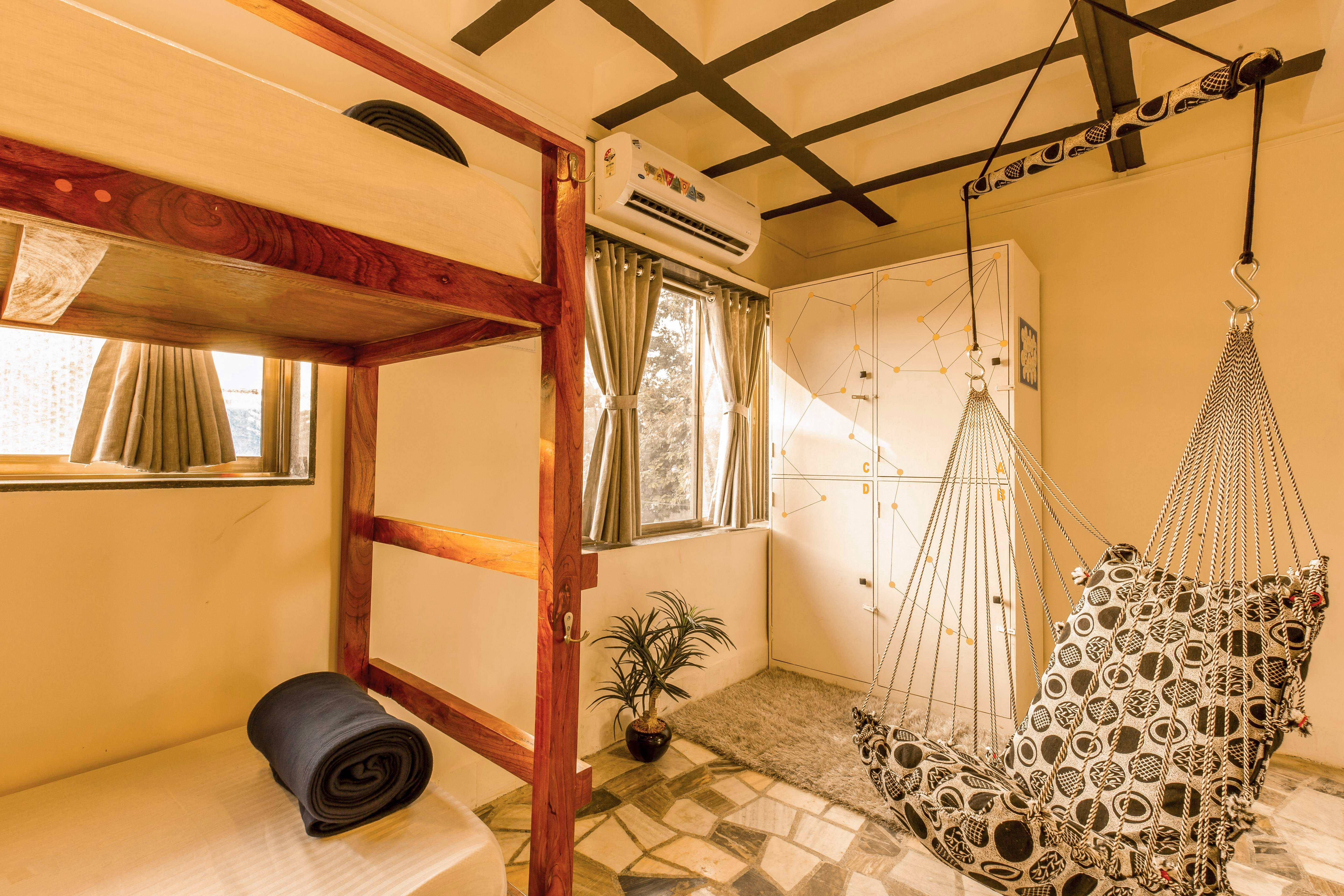Stay At This Cosy Backpackers Hostel Next Time You Visit Mumbai