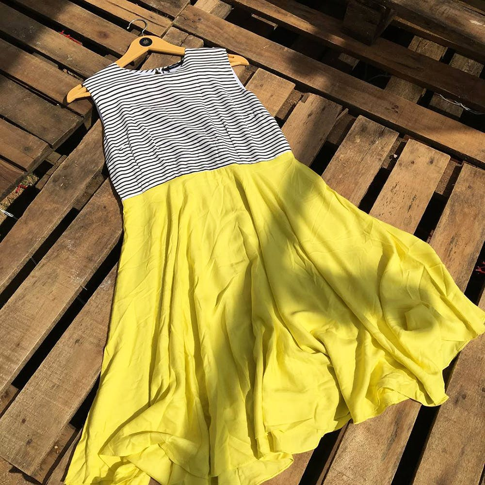 Yellow,Clothing,Dress,Textile,Outerwear,Pattern