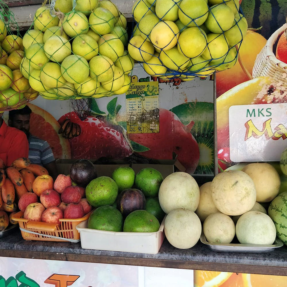 Natural foods,Local food,Fruit,Food,Whole food,Plant,Market,Vegetable,Vegan nutrition,Produce