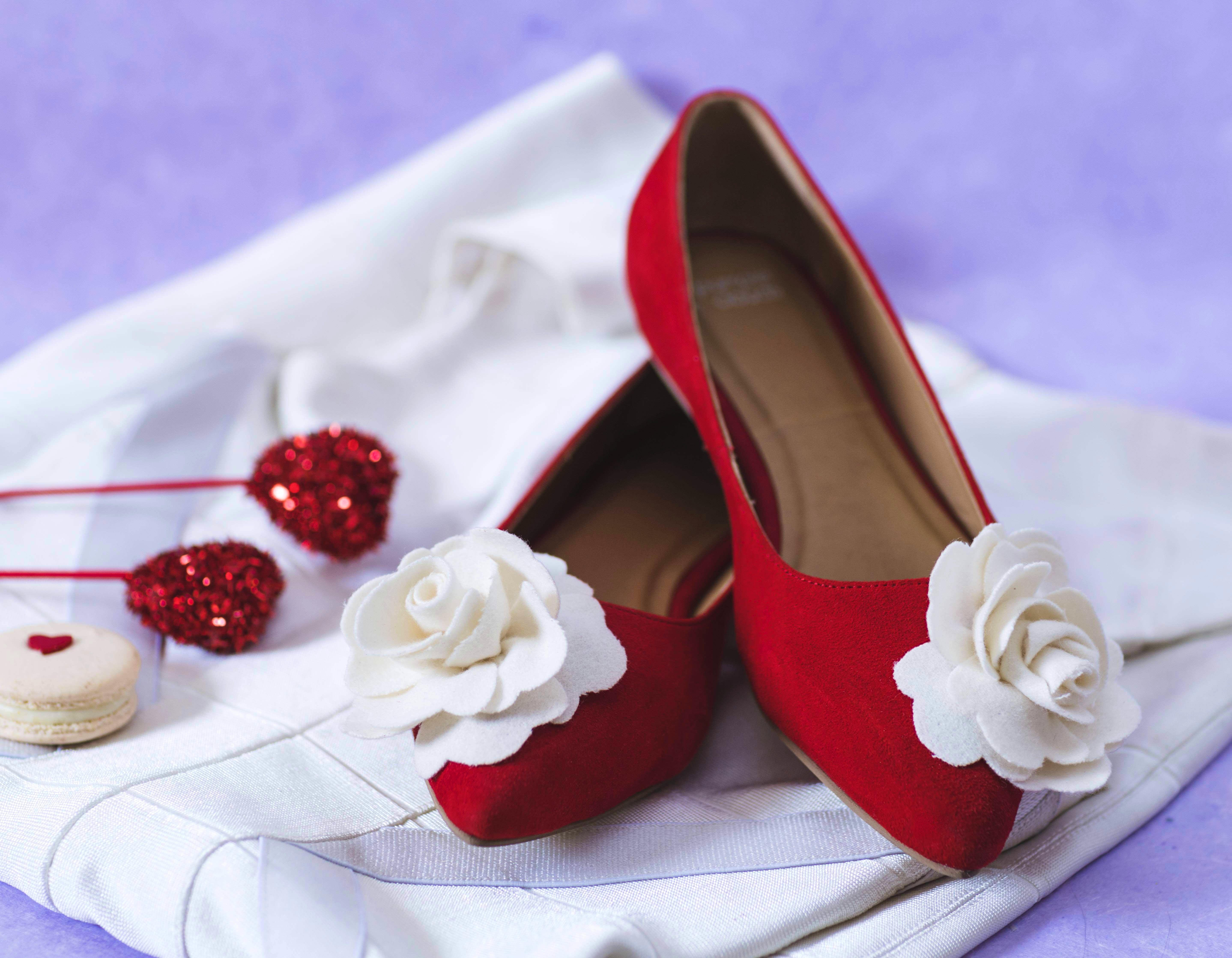Footwear,Red,Shoe,Bridal shoe,High heels,Beige