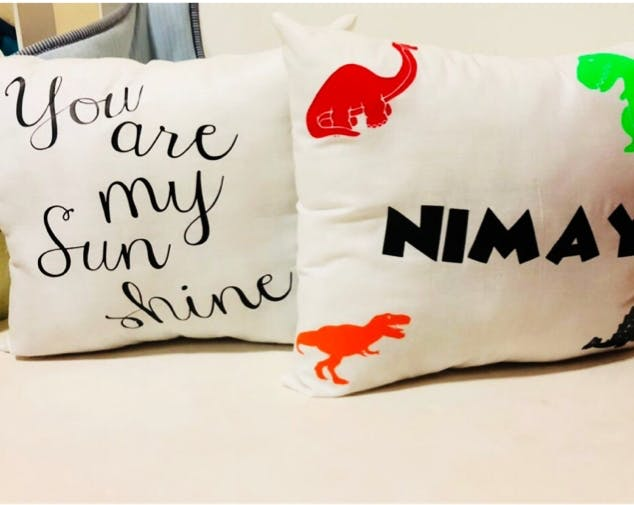 Pillow,Product,Font,Cushion,Throw pillow,Linens,Textile,Furniture,Bedding