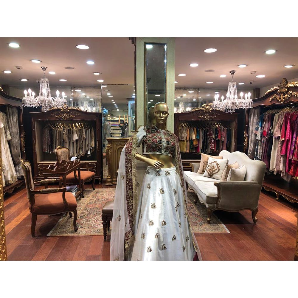 Clothing,Boutique,Dress,Fashion,Snapshot,Room,Iron,Building,Furniture,Interior design