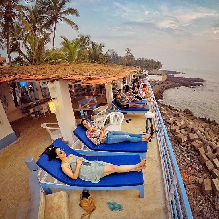 Vacation,Resort,Tourism,Sky,Summer,Leisure,Tree,Beach,Travel,Sea