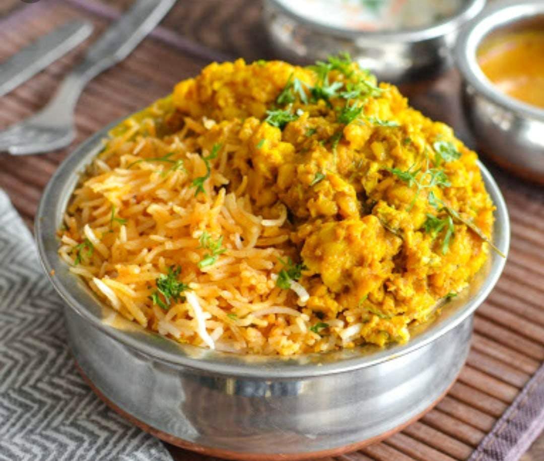 Dish,Cuisine,Spiced rice,Food,Ingredient,Biryani,Puliyogare,Hyderabadi biriyani,Saffron rice,Indian cuisine