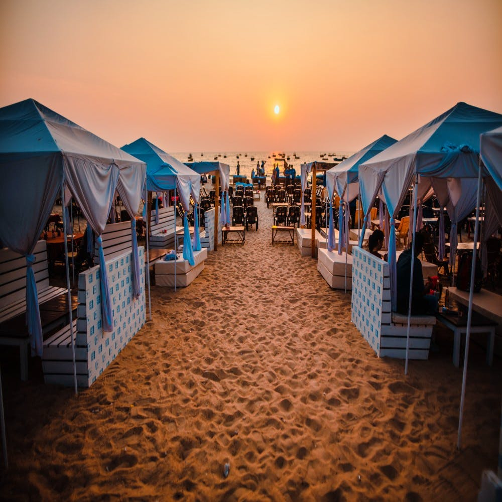 Sky,Tent,Canopy,Vacation,Market,Marketplace,Cloud,Evening,Beach,Sand