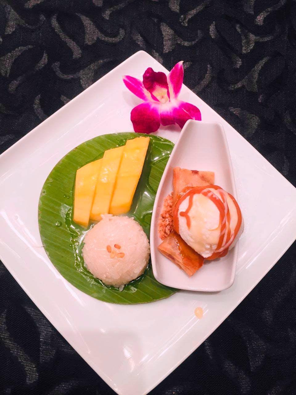 Dish,Food,Cuisine,Ingredient,Garnish,Comfort food,Steamed rice,Produce,Hiyayakko,À la carte food