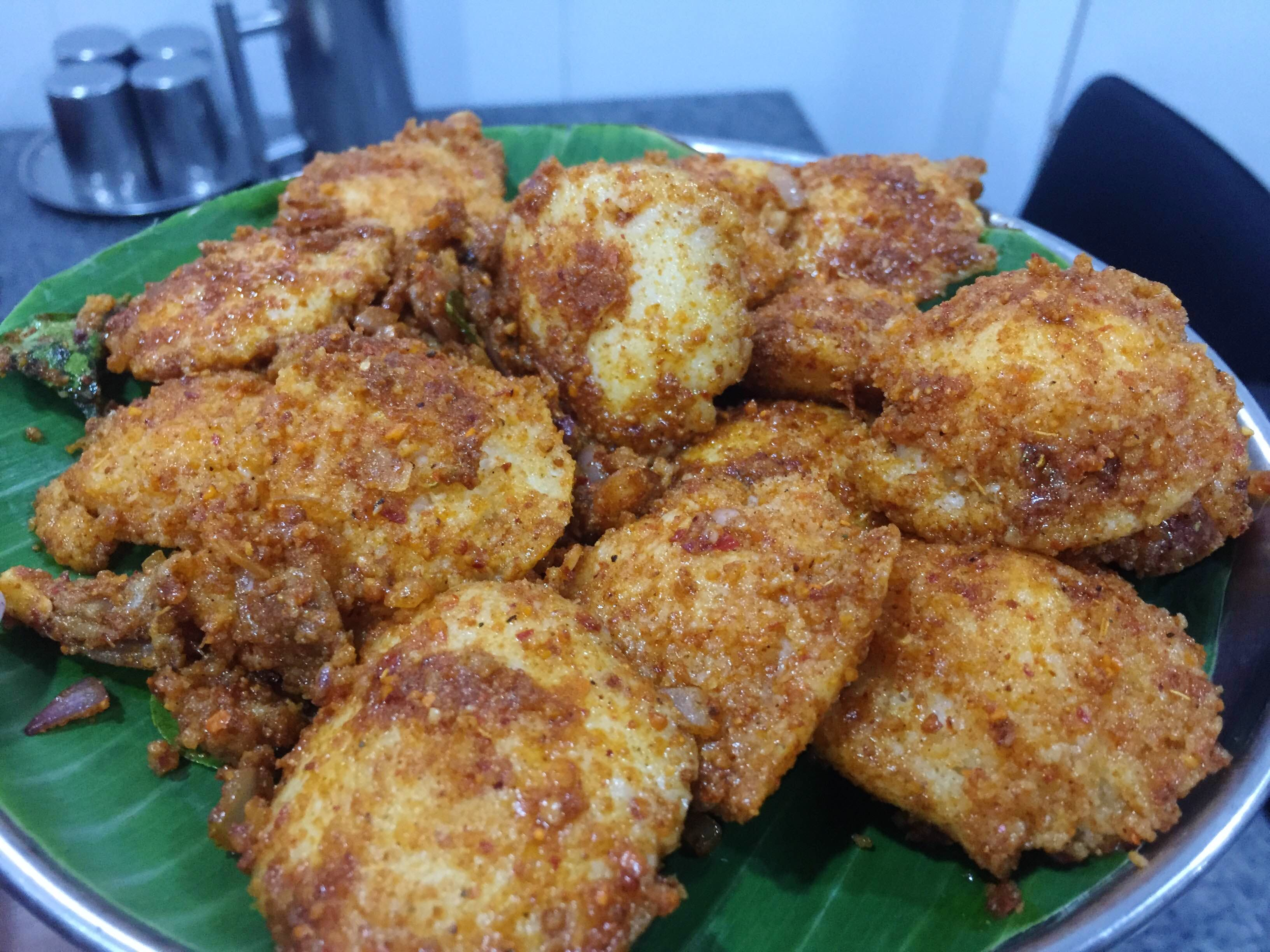 Dish,Food,Cuisine,Fried food,Deep frying,Karaage,Ingredient,Pakora,Korokke,Chicken nugget