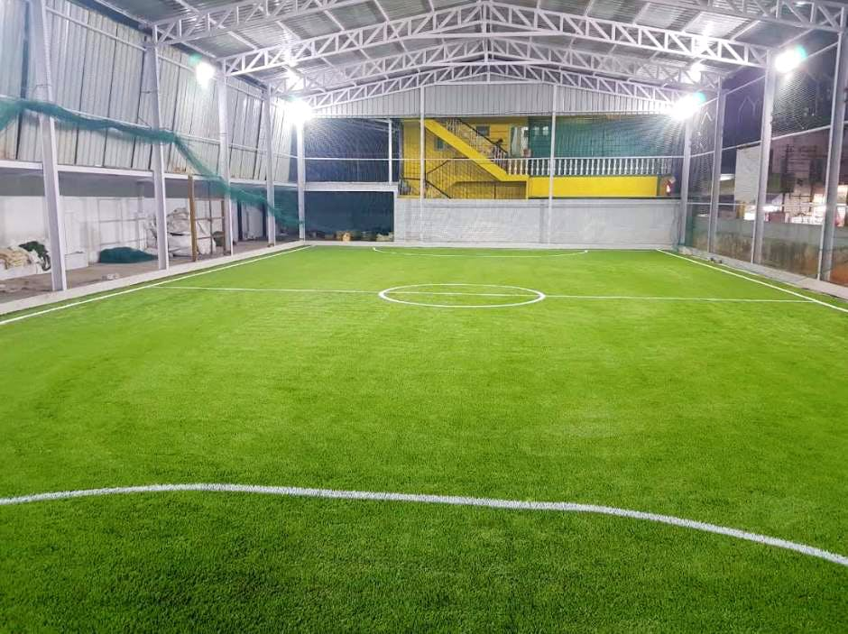 Sport venue,Grass,Stadium,Team sport,Artificial turf,Soccer,Ball game,Sports,Soccer-specific stadium,Indoor soccer
