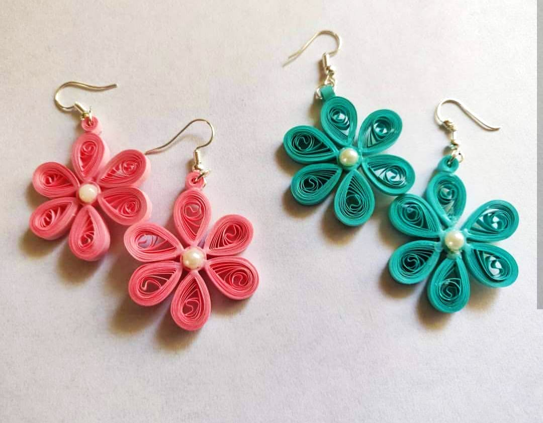 Earrings,Jewellery,Pink,Fashion accessory,Turquoise,Body jewelry,Aqua,Turquoise,Plant,Flower