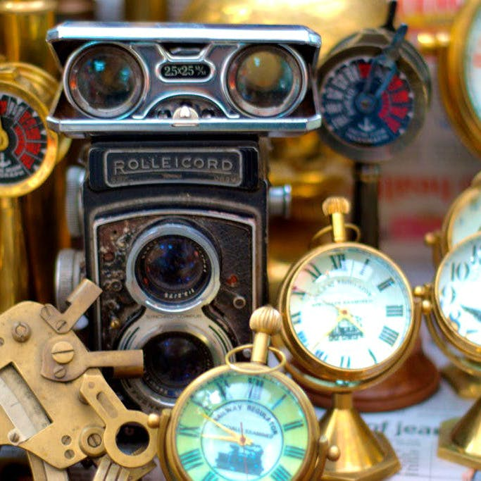 Product,Analog watch,Watch,Eyewear,Fashion accessory,Gauge,Brass,Antique,Metal,Personal protective equipment