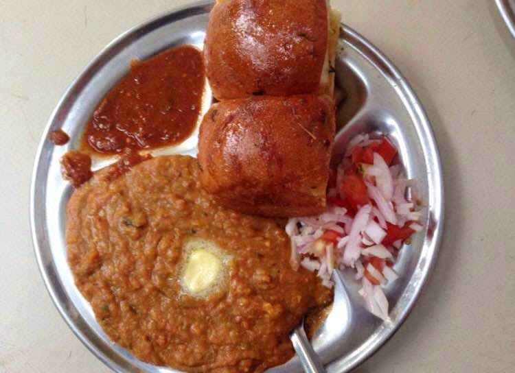 Pav Bhaji Lovers! Swing By This Outlet In Mayur Vihar For Some Awesome Food