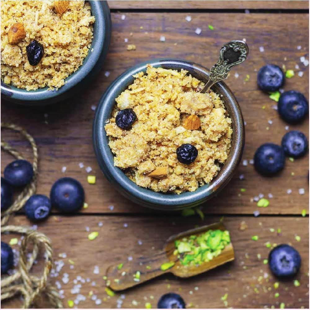 Dish,Food,Cuisine,Meal,Ingredient,Breakfast,Granola,Breakfast cereal,Snack,Vegetarian food