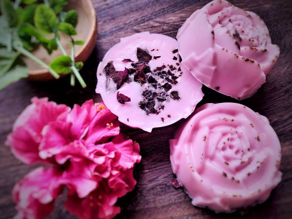 Pink,Petal,Food,Cuisine,Buttercream,Sweetness,Flower,Dish,Icing,Peony