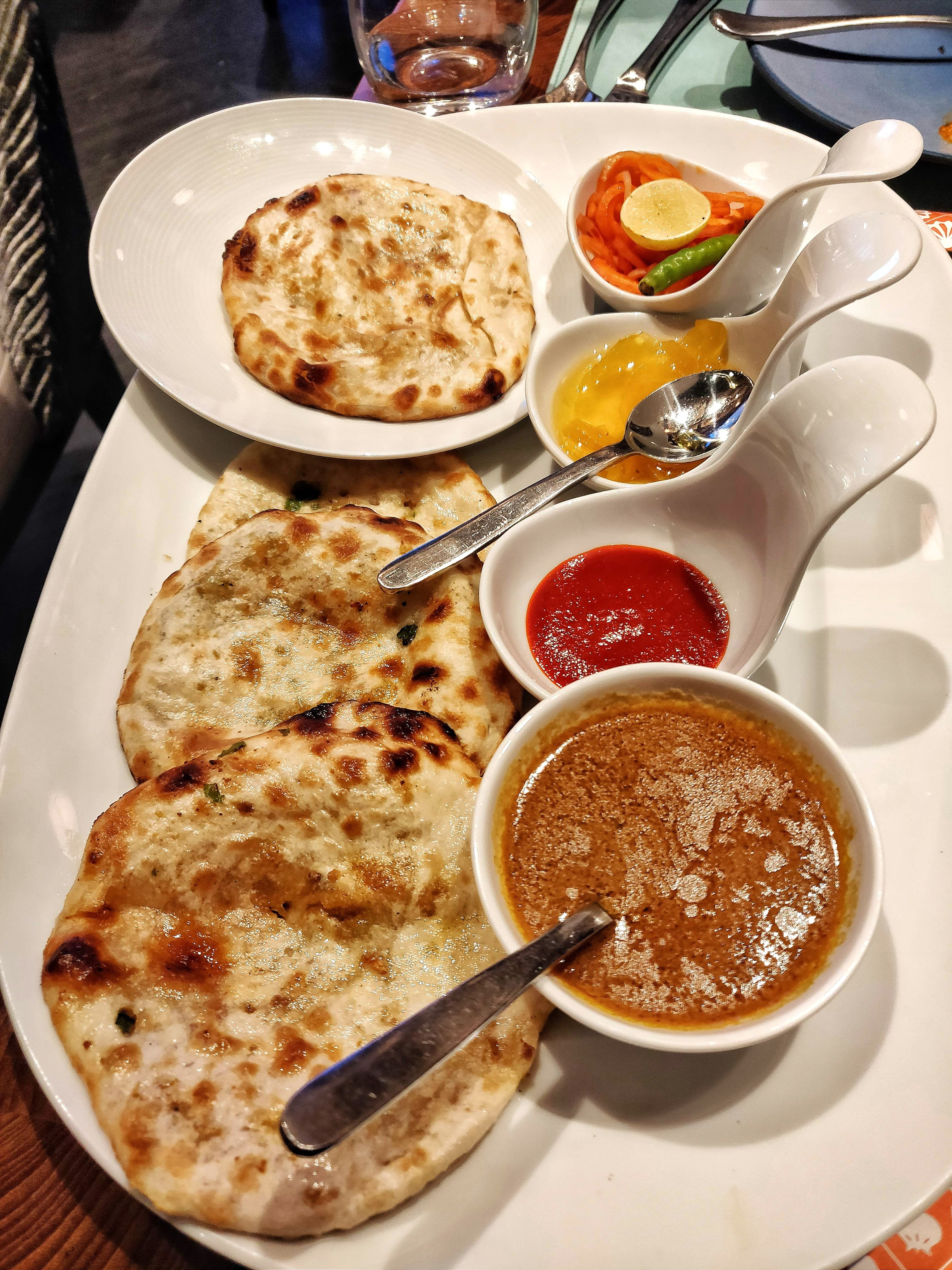 Dish,Food,Cuisine,Naan,Ingredient,Roti canai,Meal,Brunch,Flatbread,Paratha