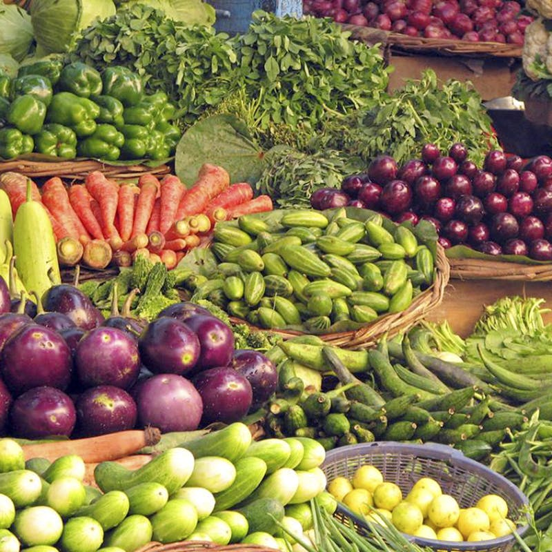 Natural foods,Local food,Whole food,Vegetable,Food,Fruit,Vegan nutrition,Banana,Plant,Vegetarian food