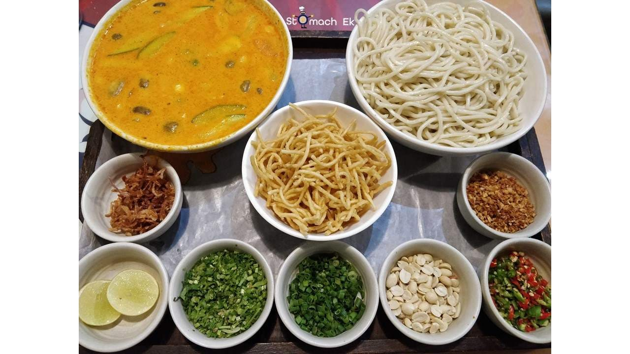 Dish,Food,Cuisine,Ingredient,Noodle,Idiyappam,Chinese food,Meal,Produce,Chow mein