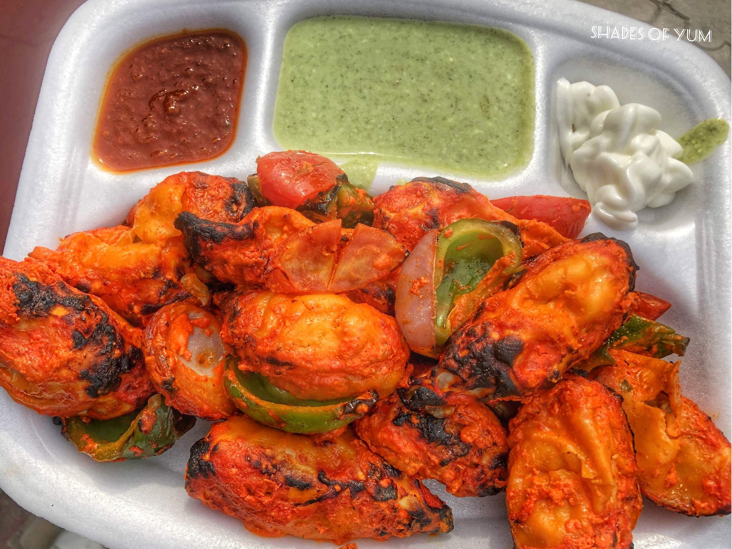Fulfil Your Momos Cravings At This Outlet In Janakpuri