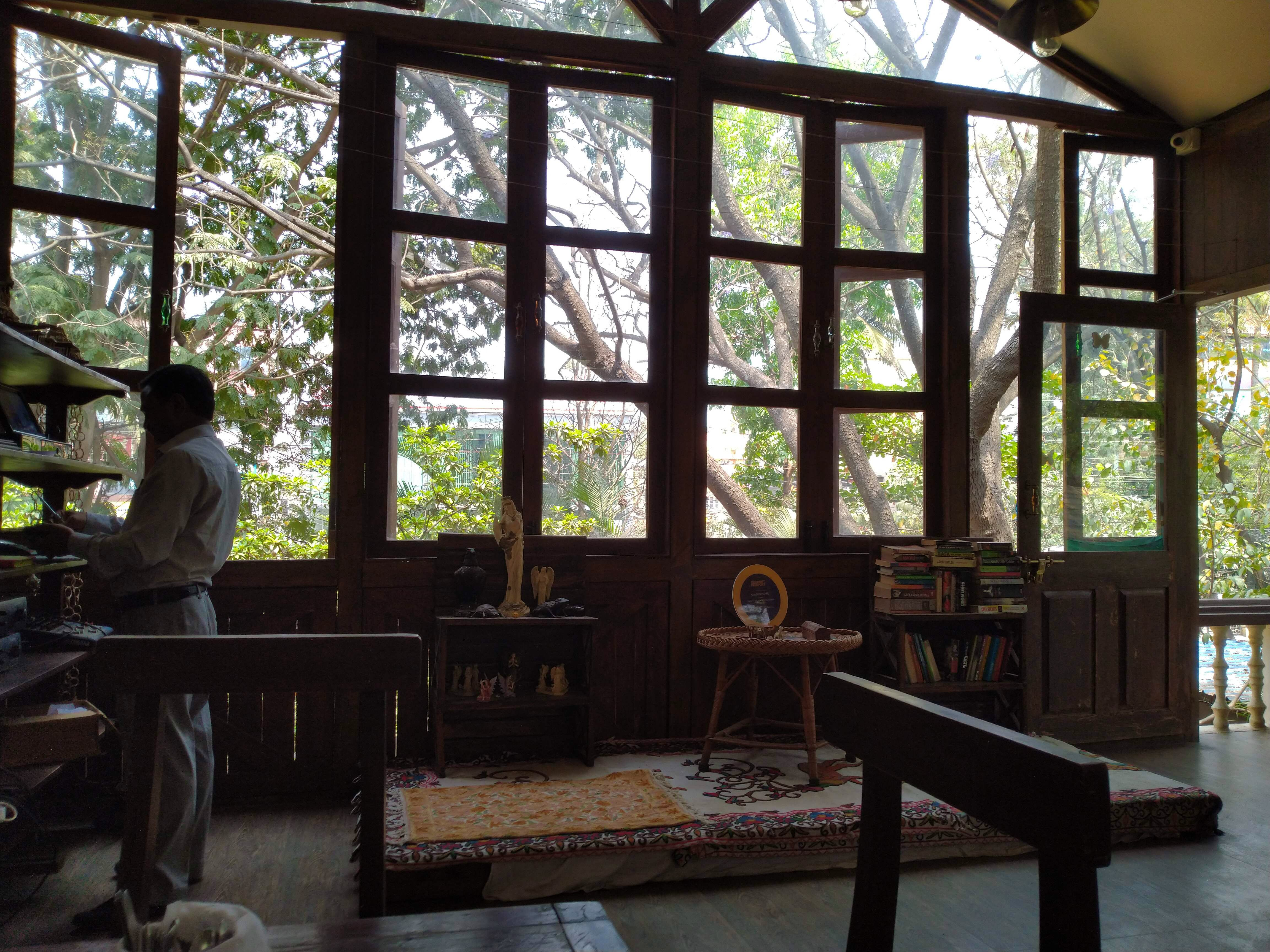 Window,Room,Building,Daylighting,Architecture,Tree,Interior design,Glass,House,Wood