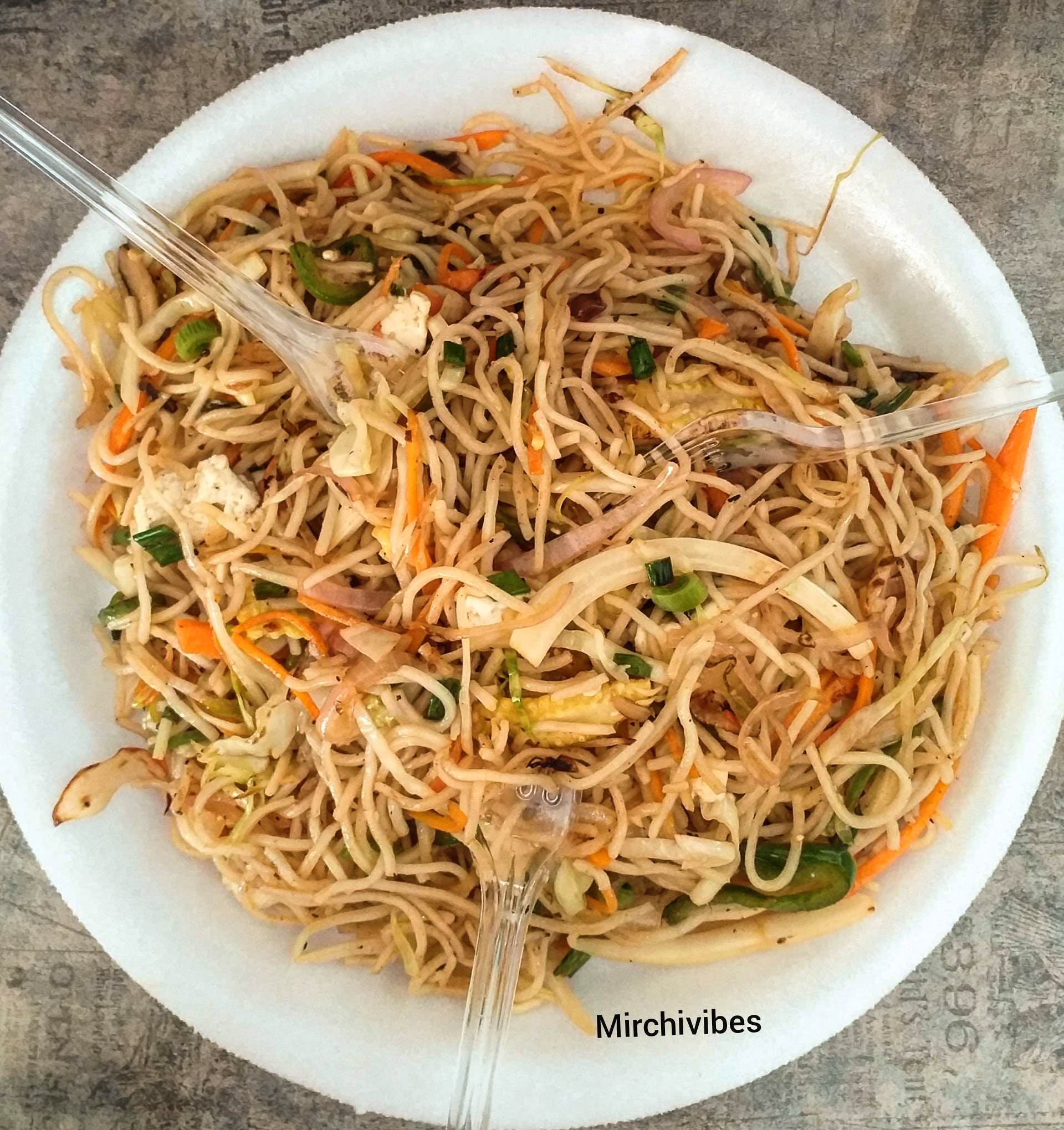 Dish,Cuisine,Food,Noodle,Chow mein,Pancit,Rice noodles,Ingredient,Spaghetti,Chinese food