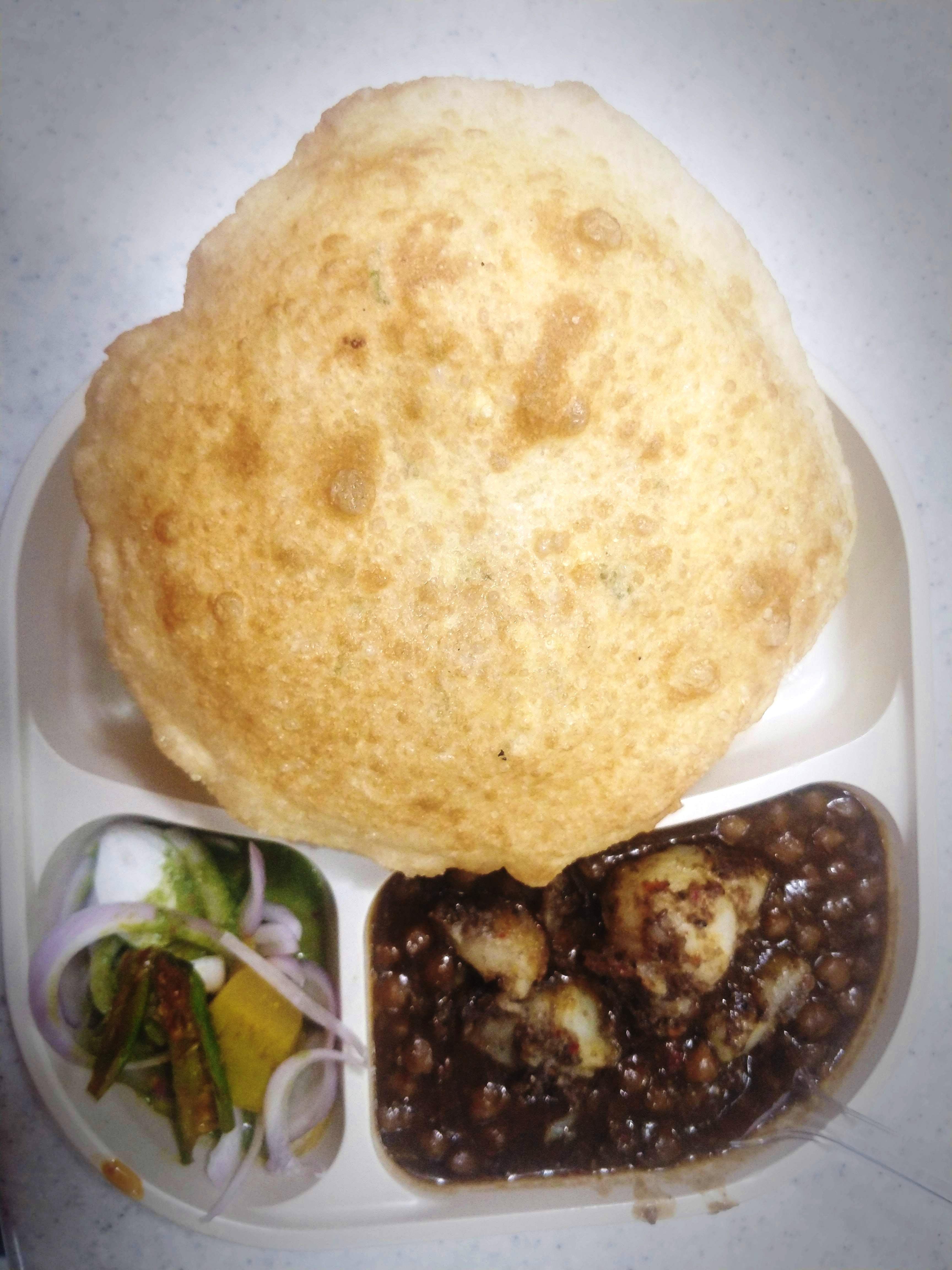 Dish,Food,Cuisine,Comfort food,Ingredient,Chole bhature,Produce,Hoppang,Oyaki,Recipe