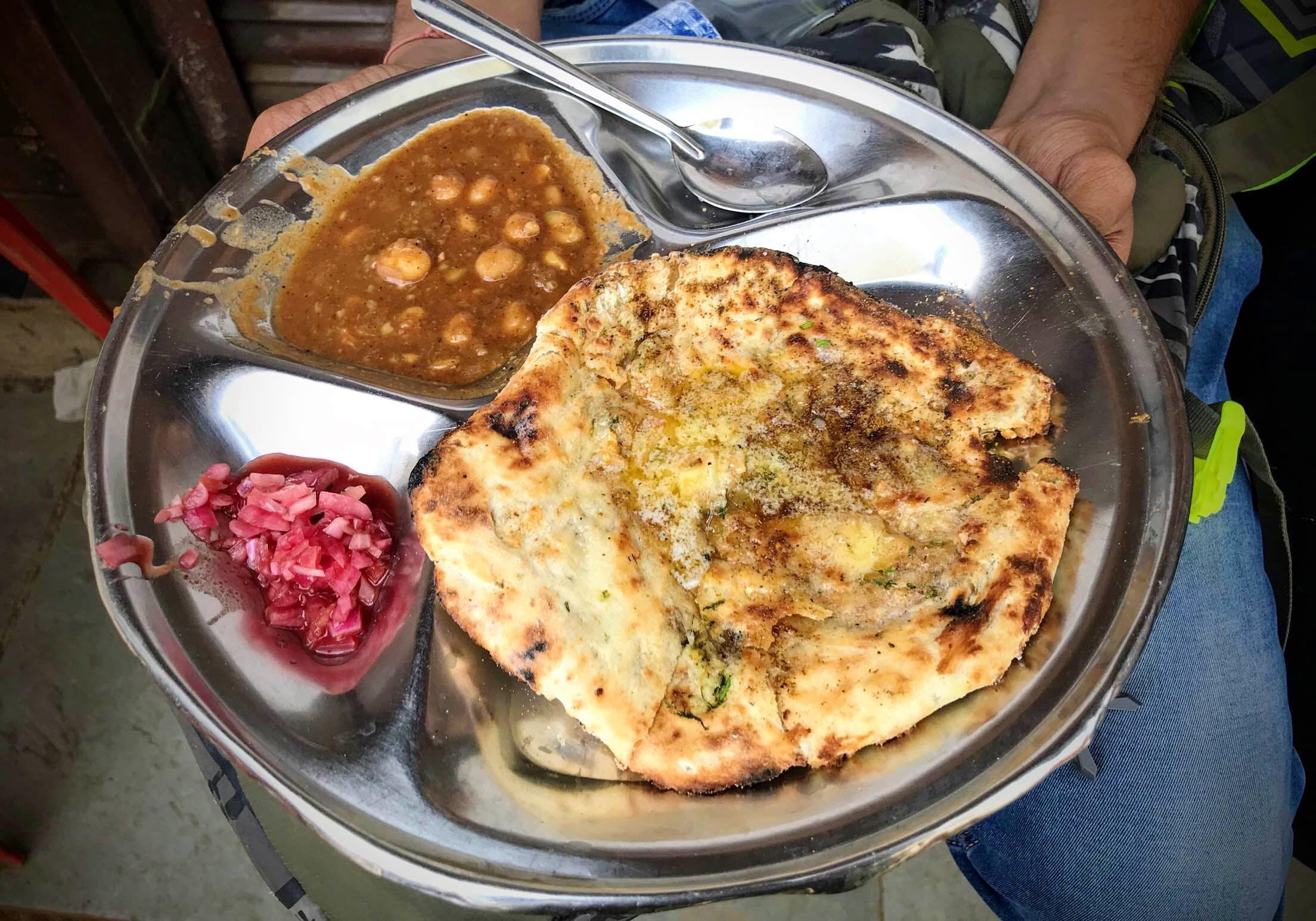 Dish,Food,Cuisine,Ingredient,Naan,Baked goods,Staple food,Flatbread,Produce,Indian cuisine