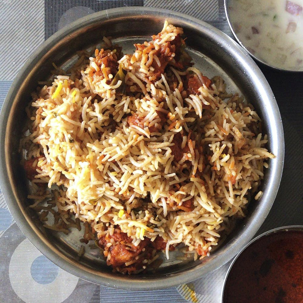 Dish,Cuisine,Food,Ingredient,Hyderabadi biriyani,Side dish,Biryani,Recipe,Meat,Produce