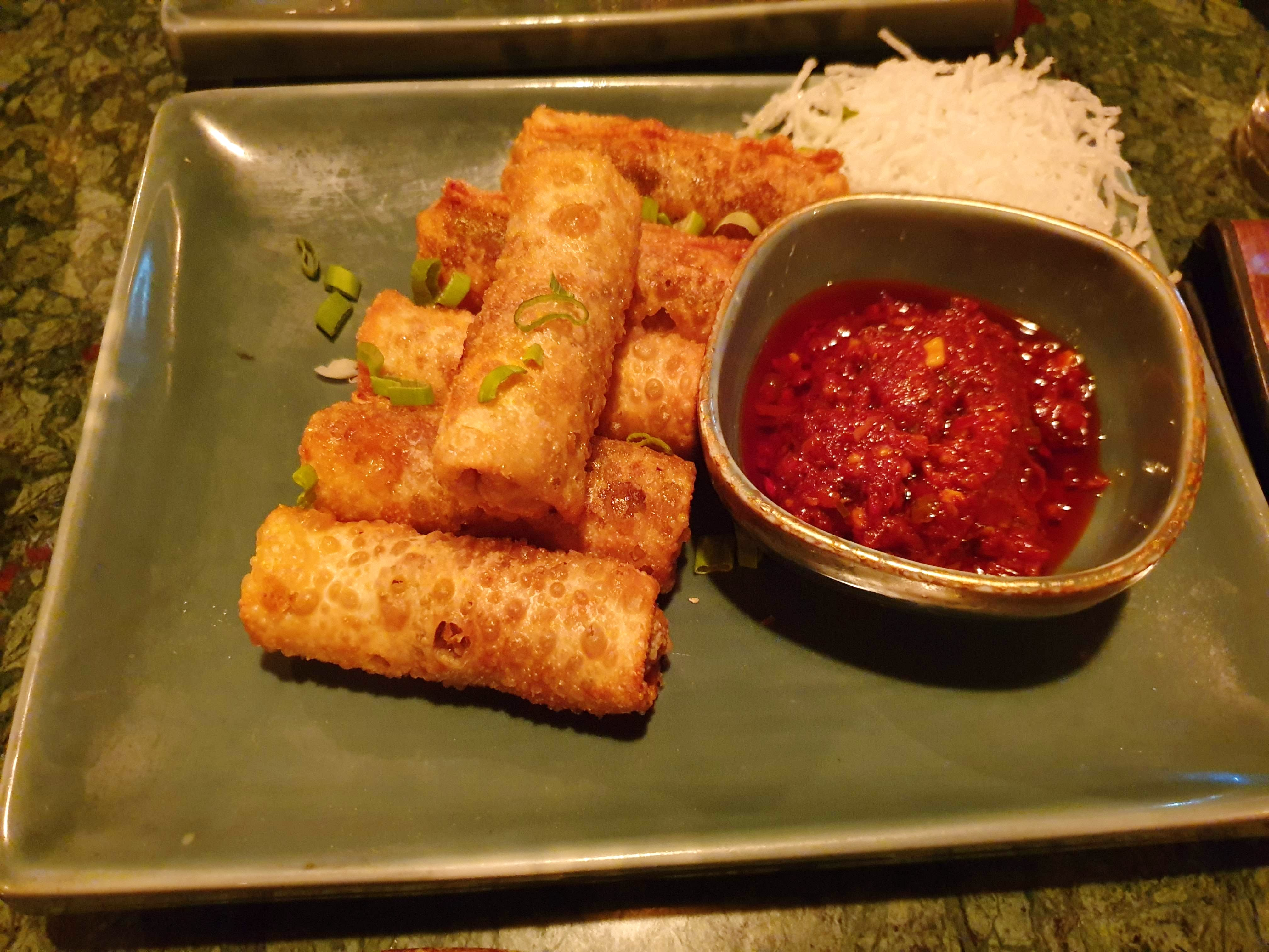 Dish,Food,Cuisine,Ingredient,Nem rán,Spring roll,Lumpia,Fried food,appetizer,Egg roll