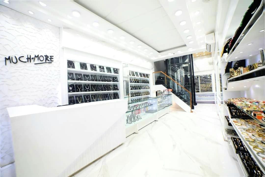 White,Interior design,Architecture,Building,Footwear,Design,Room,Floor,Furniture,Material property