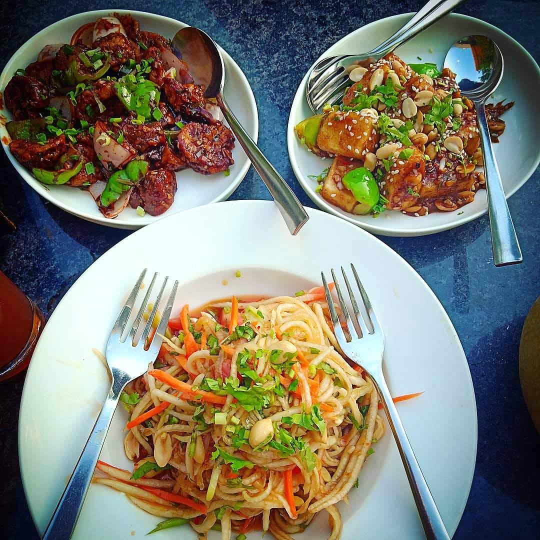 Dish,Food,Cuisine,Ingredient,Meal,Spaghetti,Lunch,Pancit,Agujjim,Chow mein