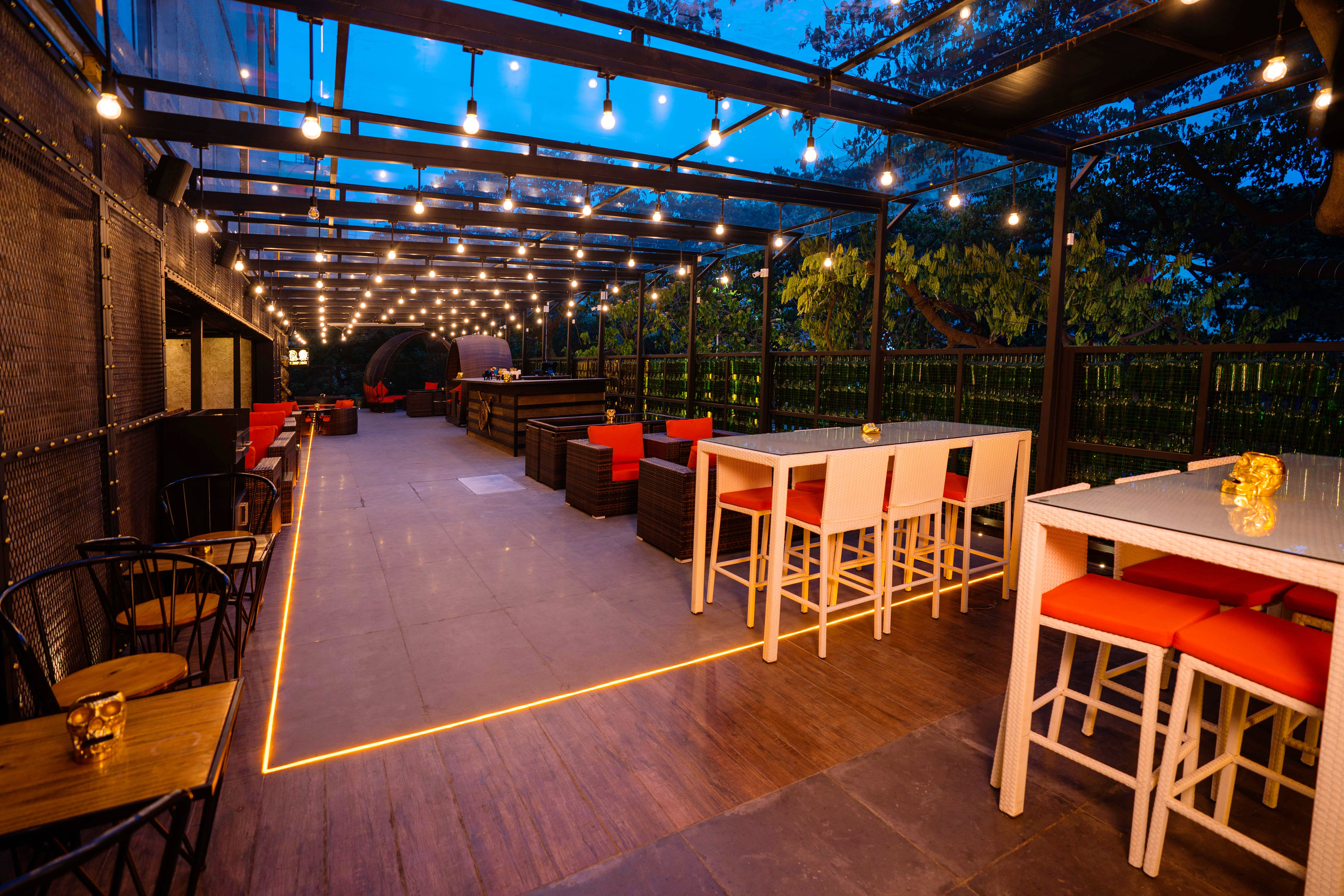 Chill At Lord Of The Drinks Bar Nungambakkam I Lbb Chennai