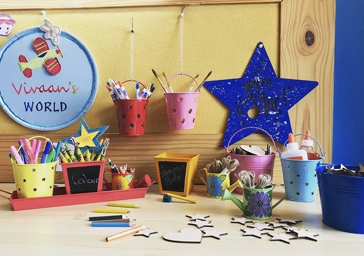 Room,Party favor,Table,Child,Interior design,Party
