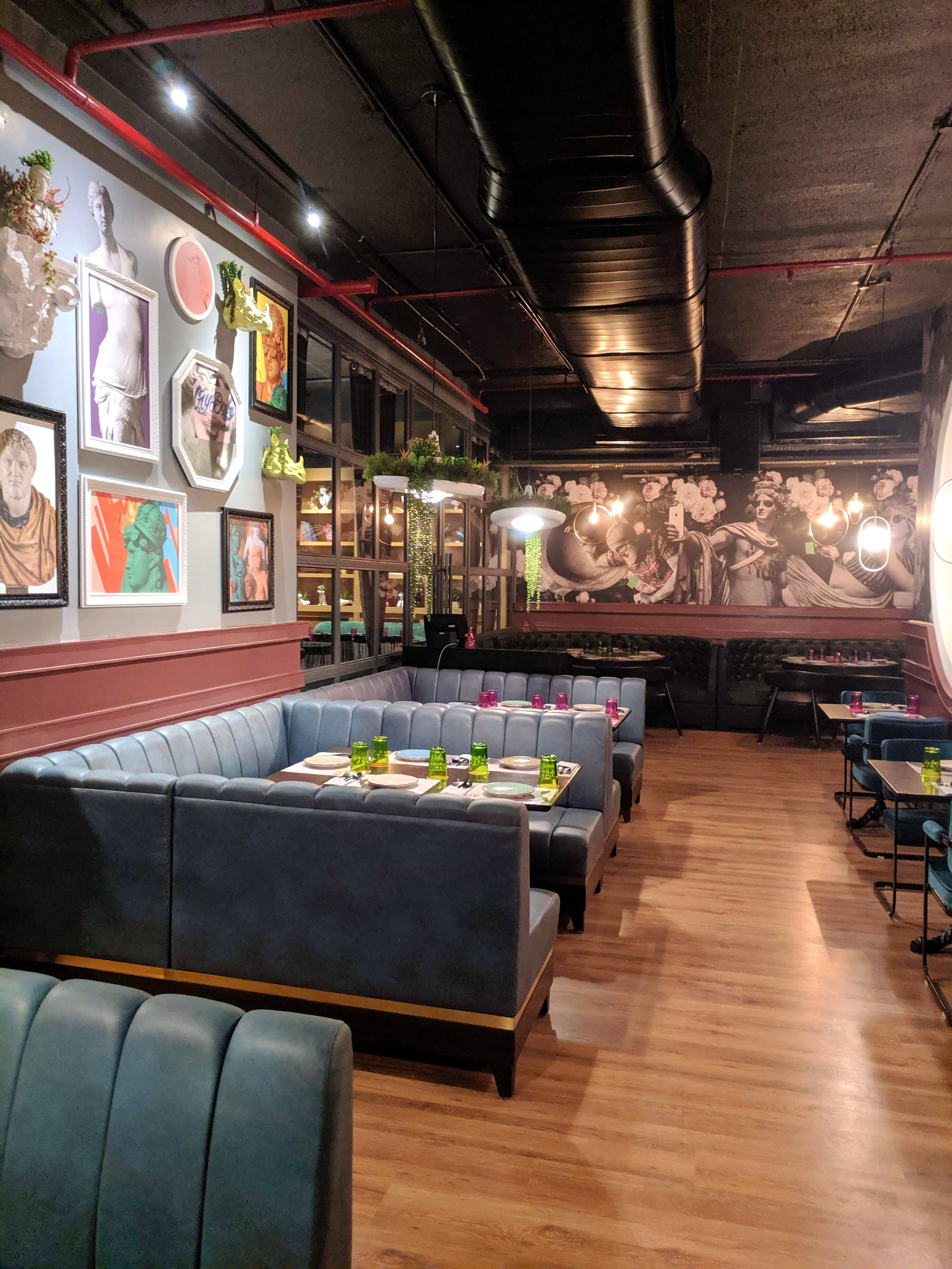 The New Funky Place In Bangalore With Amazing Cocktails & Food At Affordable Price