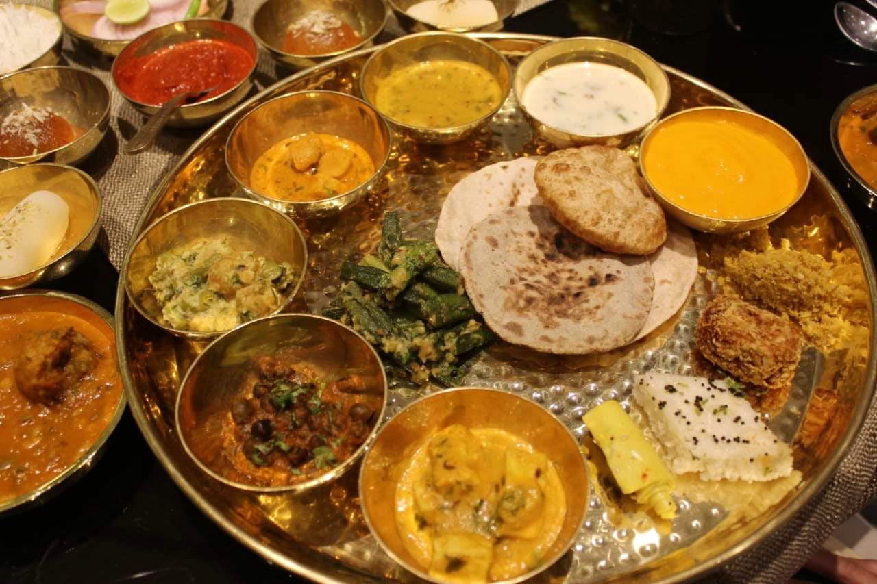 Dish,Food,Cuisine,Ingredient,Meal,Curry,Indian cuisine,Rajasthani cuisine,Delicacy,Produce